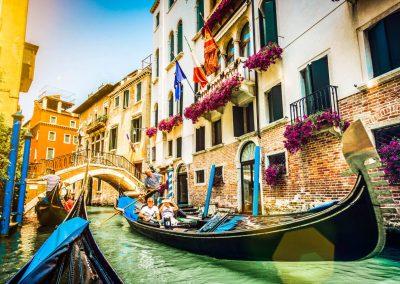 Contrastes de Italia